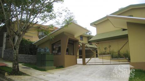 Contacte due o condominio pinares del r o casa for B b for sale by owner