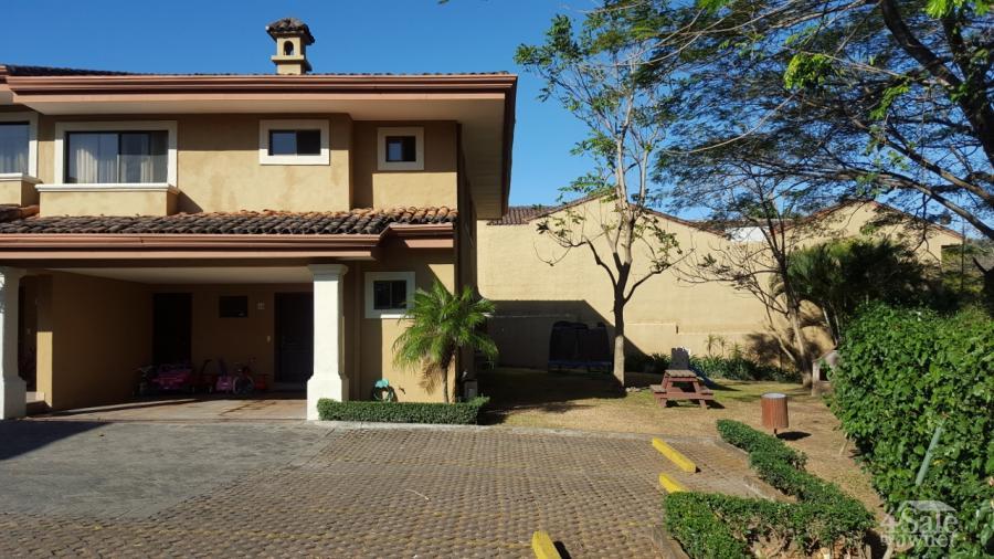 Casa 40 en condominio la alameda casa santa ana san for B b for sale by owner