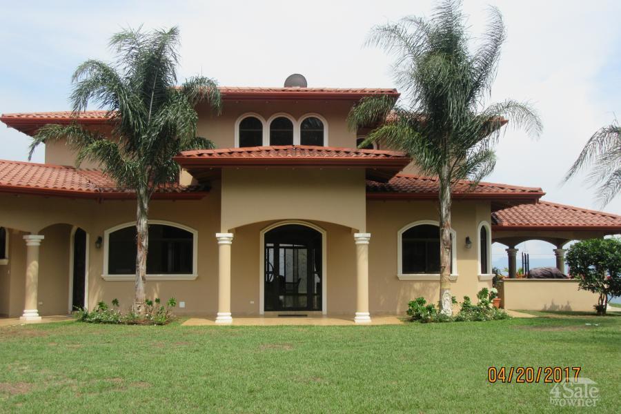 Hermosa propiedad residencial en atenas casa atenas for B b for sale by owner