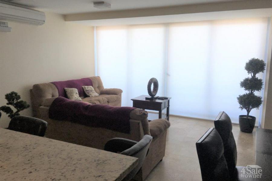 Apartamento con vistas panorámicas en Torres Paseo Colón